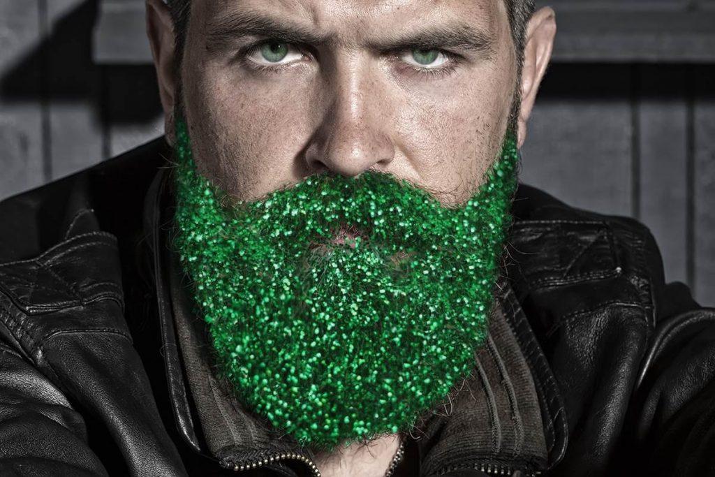 groene baard glitters