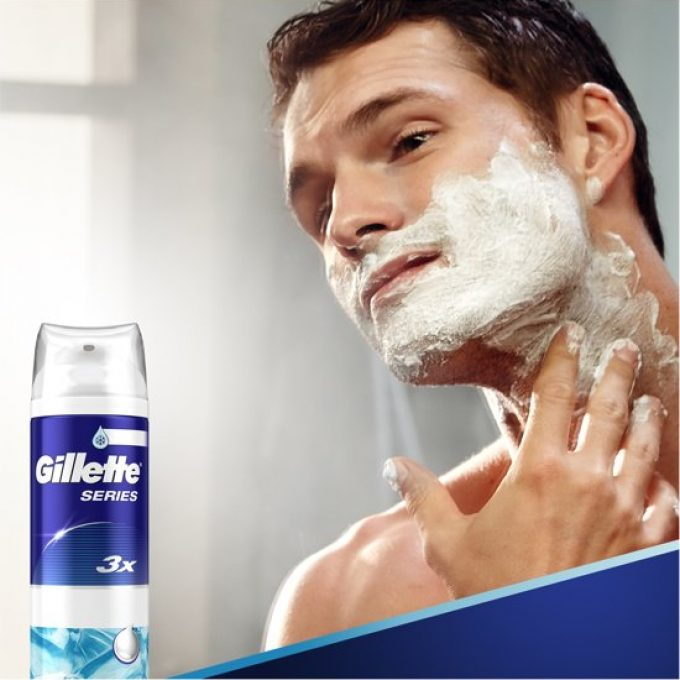 Gillette Sensitive Cool scheerschuim 2